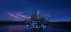 """… und die neue Version von <em class=""""Film"""">Tomorrowland</em>."""